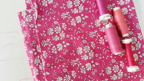 1 bobine de fil à coudre COATS Duet 100 Mètres 9 tons rose à rose foncé au choix
